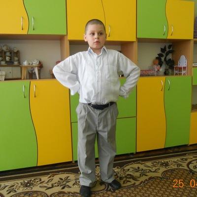 Максим Сидор, 21 августа 1999, Львов, id187103274