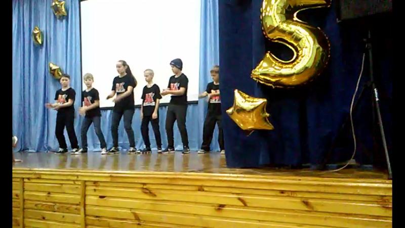 выступление Артема на концерте посвященном 15 летию шк лицея№155