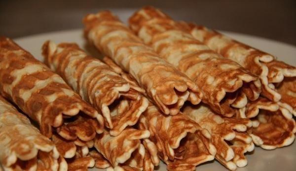 ВАФЕЛЬНЫЕ ТРУБОЧКИ С ЗАВАРНЫМ КРЕМОМ Такие десерты нужно делать дома)<strong>Ингредиенты:</strong> маргарин — 100гр;куриное яйцо — 3 шт.;сахар песок — 0,5 стакана;мука — 1 стаканСпособ приготовления:Вафельные»/></div> <p></p> <div align=