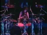 Kiss - Drum Solo - Peter Criss.mp4