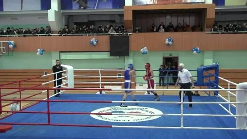 2011.12.16_11.48.32 (60 кг Бадар-Ууган - Шоканов) Бадар-Ууган 13-11