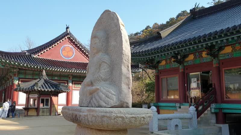 Храм Woljeongsa в провинции Канвон