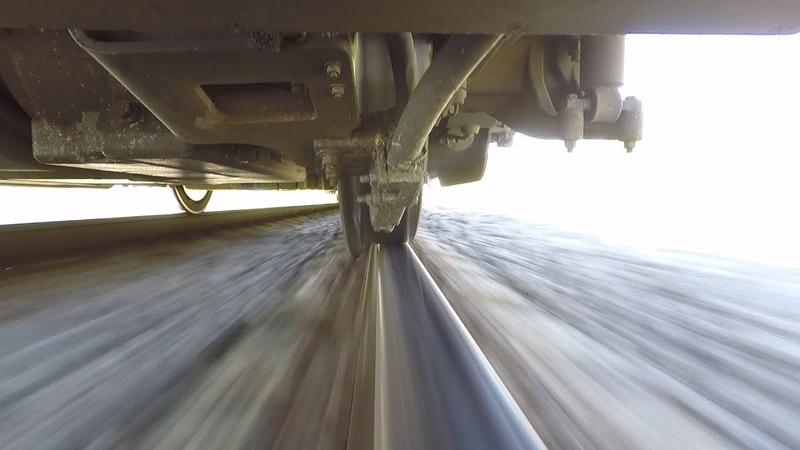 Колесо поезда на рельсе 2 / Train wheel on a rail 2