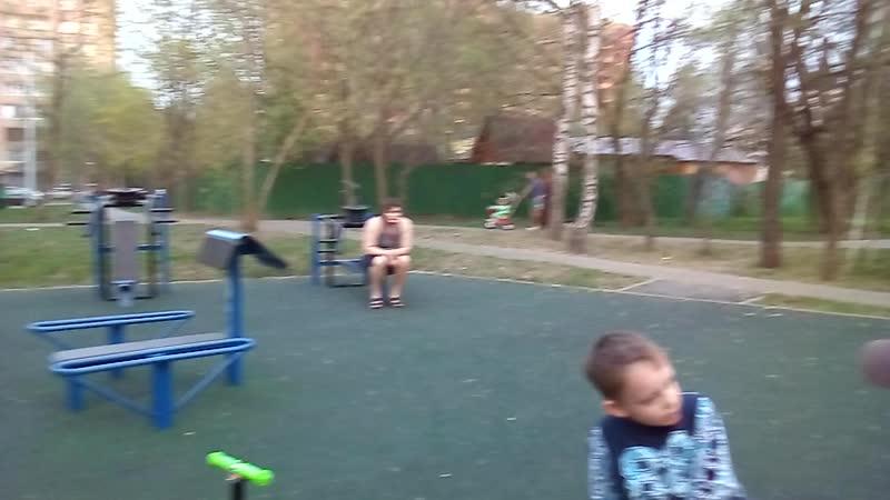 Спортплощадки в московских двориках