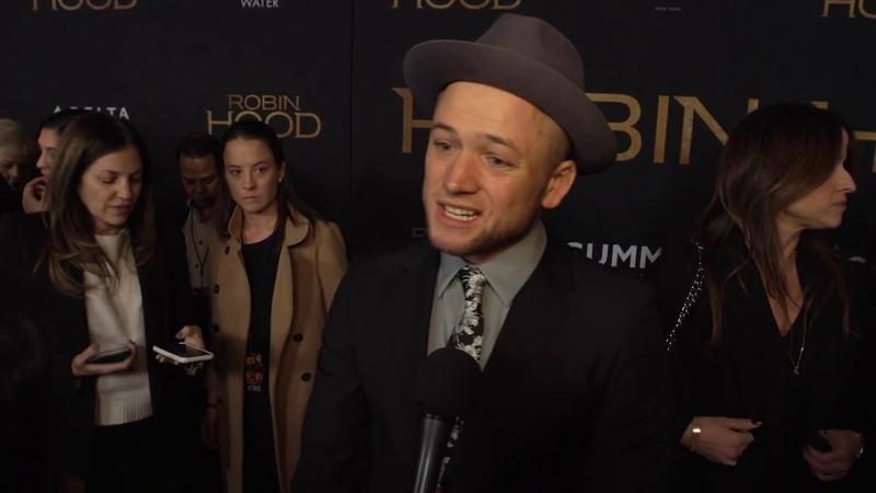 Robin Hood New York Screening - Itw Taron Egerton (official video)