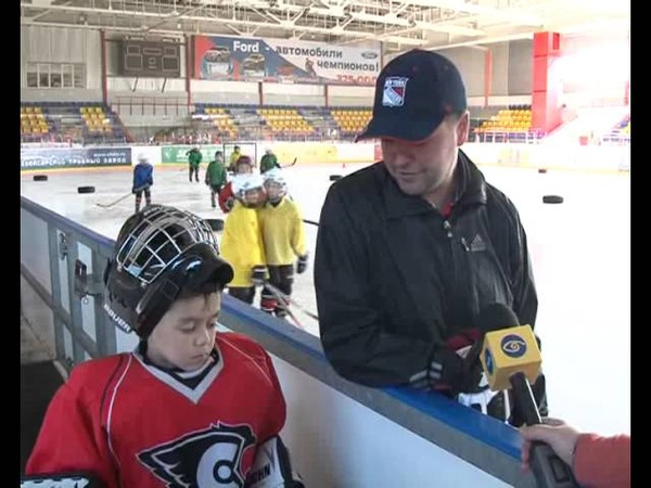 Рубрика В городе Н В хоккей играют настоящие мужчины О команде Сокол 2007 рассказывает тренер