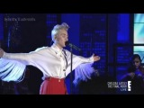 [HD] Miley Cyrus - Covers It's Over - Chelsea Lately (Finale)