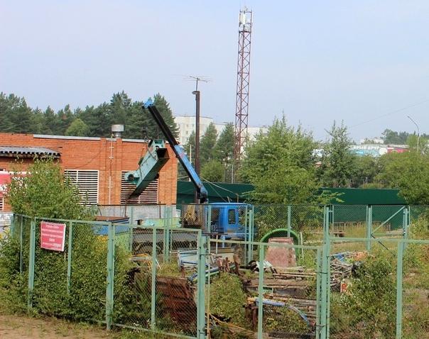 Демонтирована карусель в детском парке за ГДК «Дружба»