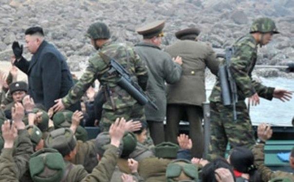 """""""Один приказ от командиров - и мы сотрем янки с лица Земли"""", - Северная Корея готовит армию к ударам по американским базам - Цензор.НЕТ 1564"""