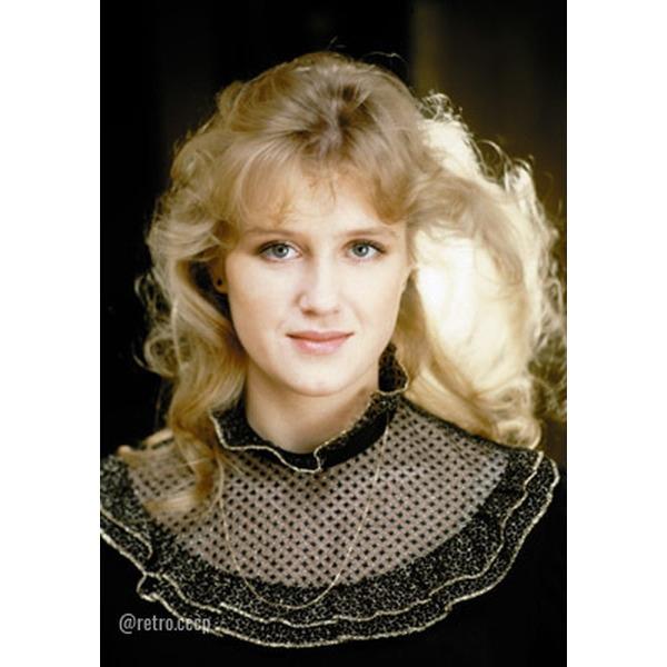 Ирина Розанова. Прекрасно выглядит! В каком фильме она вам больше запомнилась .Спасибо за и подписку .Родилась 22 июля 1961 года в Рязани в актерской семье. Мать - актриса Рязанского
