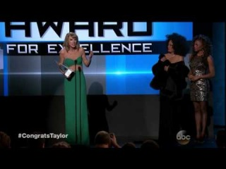 American Music Awards 2014 : Taylor Swift Wins Dick Clark Award For Excellence - AMA 2014