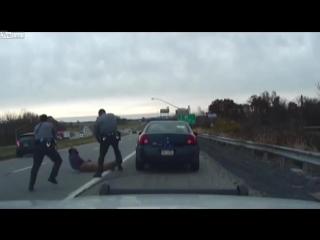 Редкий случай в Пенсильвании (США), когда была обнародована запись с видеокамеры патрульного автомобиля полиции.