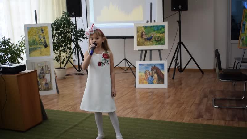 День открытых дверей в Киселёвской ДШИ. Валерия Мащенко исполняет песню Мама.