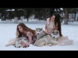 София и Алина на прогулке