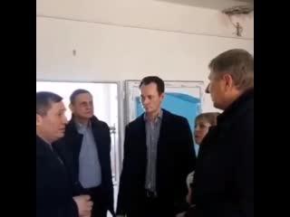 Губернатор Андрей Бочаров неожиданно посетил больницу им.Фишера в Волжском.