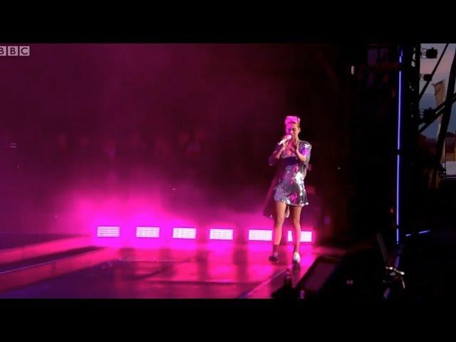 Katy Perry - Full Concert 2017 R1 Big Weekend