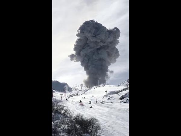 Nuevo pulso eruptivo fue captado por esquiadores en el Complejo Nevados de Chillán
