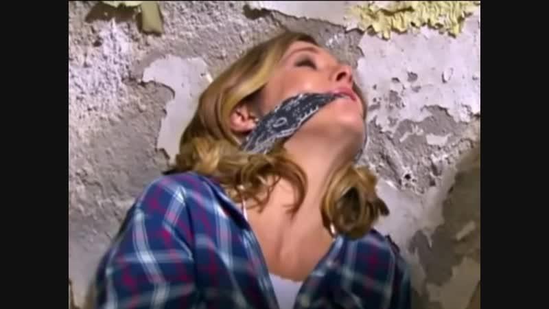 Ileana Fox hand handgag and clave gag Mexico