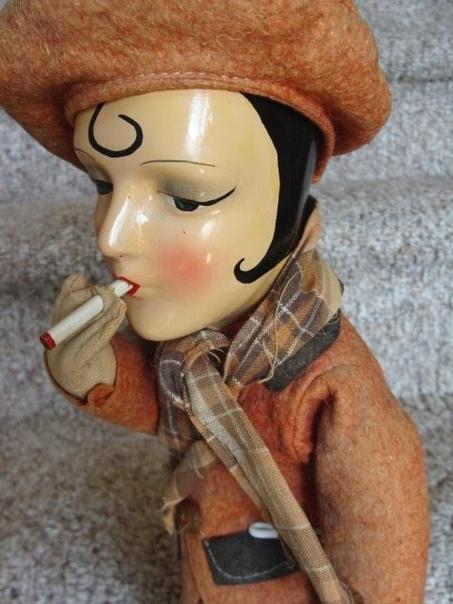 Куклы-курильщицы Коллекция Frau Wulfs Boudoir Doll Blog. Датируются 1933 годом.Германия.Автор-создатель неизвестен.