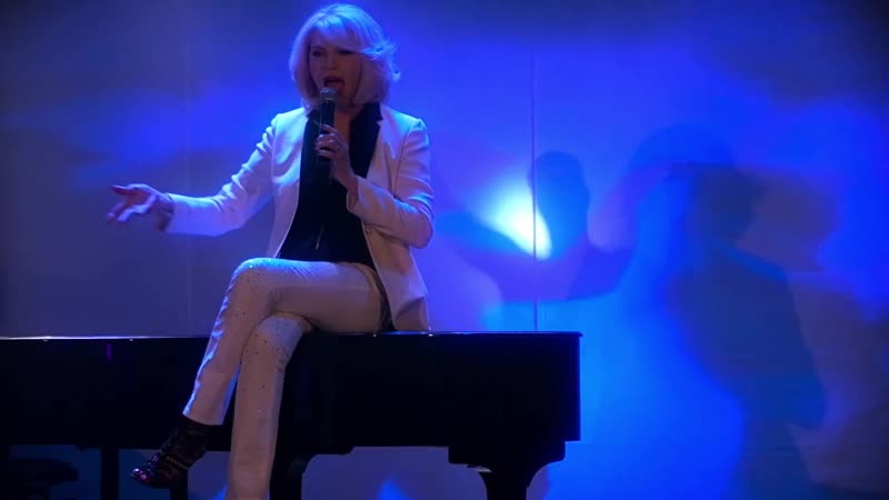 Amanda Lear The best is yet to come