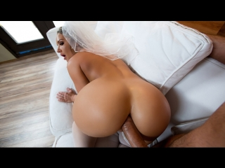 Cali Carter (Big Wet Bridal Butt) анал секс порно