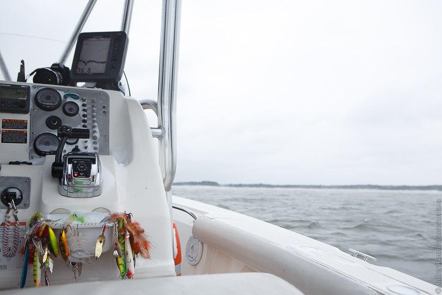 зимняя рыбалка в Финляндии море катер залив
