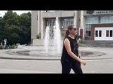 Девушки купаются в фонтане ЦГБ Часть 1