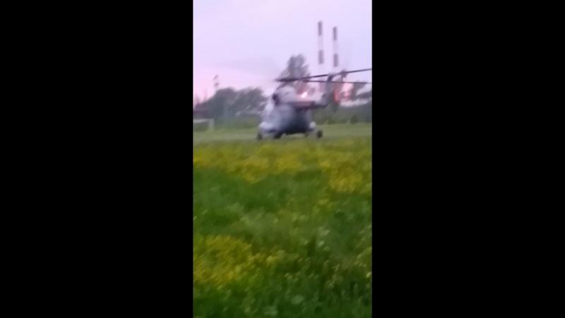 В Яйву прилетел вертолет