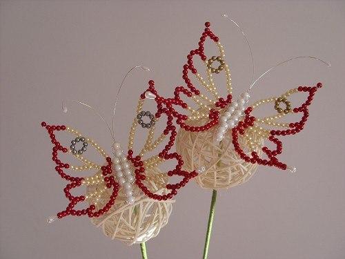 Бабочки из бисера (рис.1)