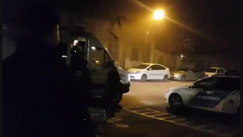 Megérkezett a Momentum főforradalmára a rendőrkapitányságra
