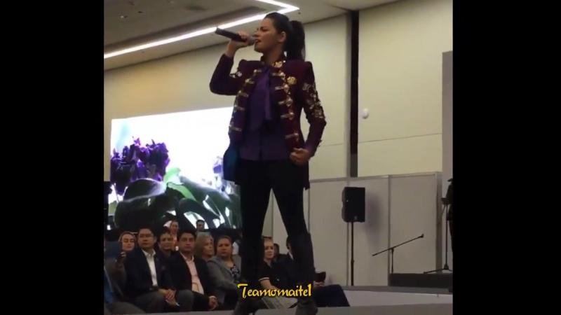 Maite Perroni cantando AsíSoy en el 2do Foro Internacional Ser Mujer ¦¦ @MaiteOficial