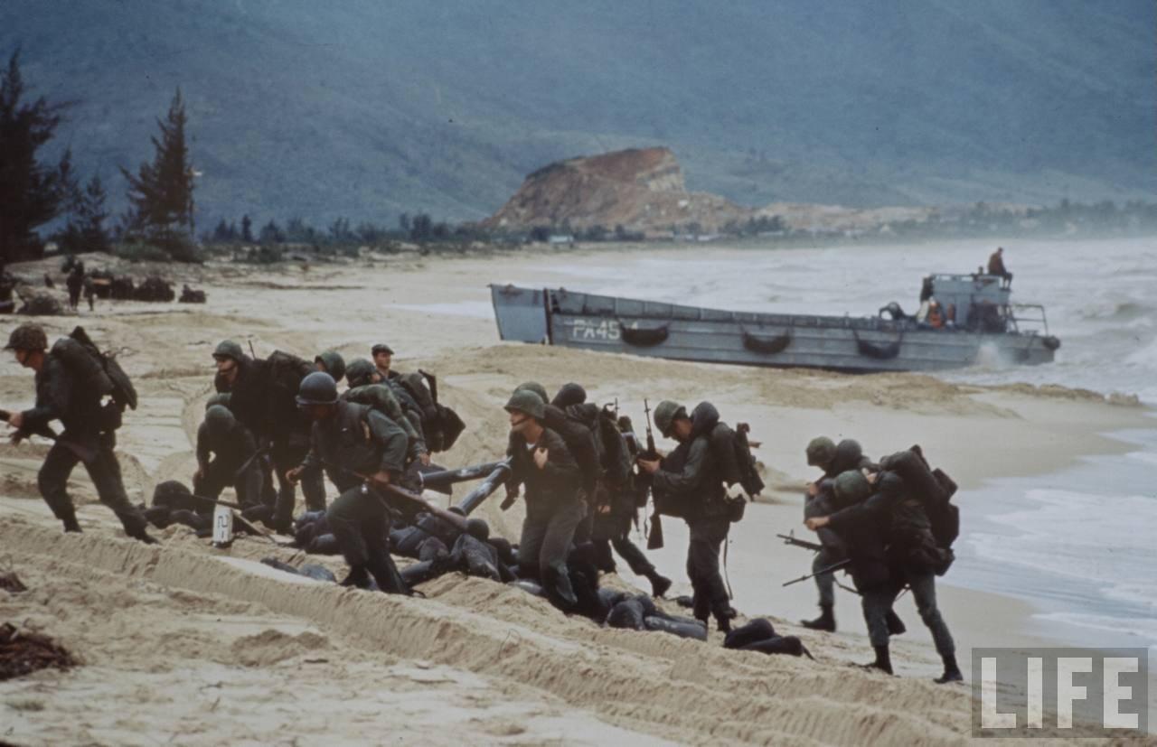 guerre du vietnam - Page 2 Z7dZ4leRYI4