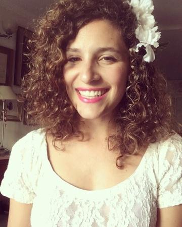 """Sofia Petros 🇦🇷 on Instagram """"Y hace mucho que venía pendiente pero lo hice!! 💪🏻💪🏻. flores de @tinitastoessel 🌸🌼🌻🌺 Amé este tema desde que salió ..."""