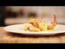 Салат из морепродуктов с соусом из авокадо, васаби и лайма