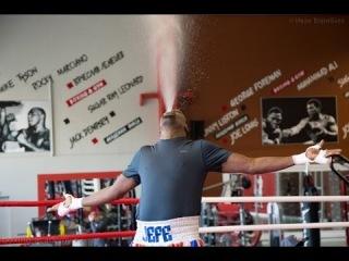 Подготовка Гильермо Джонса к бою с Денисом Лебедевым