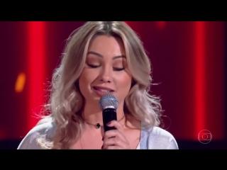 Шоу «Голос» Бразилия 2018.- Флавия Габи с песней «Когда пошел дождь». —