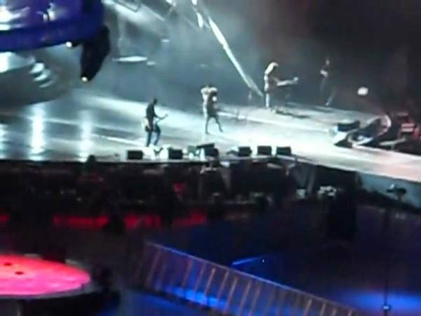 2011.06.03 - Tokio Hotel Soundcheck
