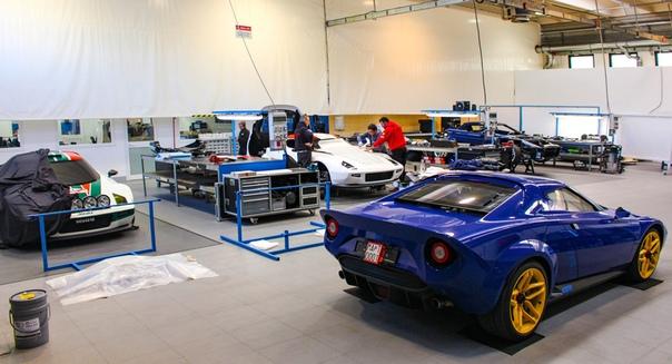 Возрожденный Stratos будет иметь механическую коробку передач Фото: Allcarindex Manifattura Automobili TorinoРеинкарнация спорткара Lancia Stratos впервые состоялась в 2010 году силами Михаэля