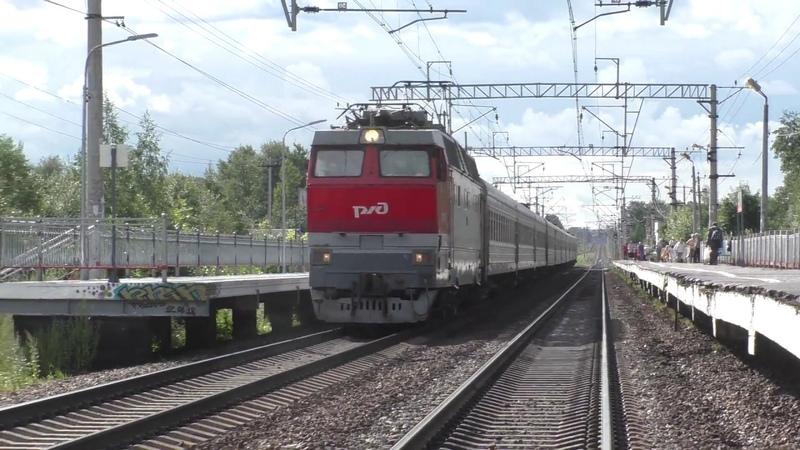 Электровоз ЧС2Т-1013 с поездом №424 Санкт-Петербург - Кострома