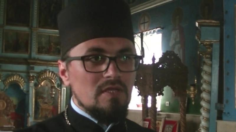 Последователи Митрополии Молдовы требуют, чтобы священник Марин Флорин покинул село Деренеу