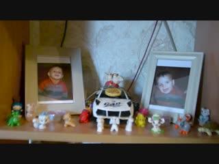 Общественный деятель Виталий Метла посетил и передал вещи семье погибшего военнослужащего из города Кировское.