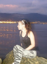 Яна Денисенко