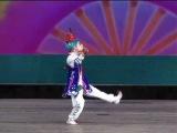 Little North Korean Girl Dancing 北朝鮮 万景台少年宮殿公演から