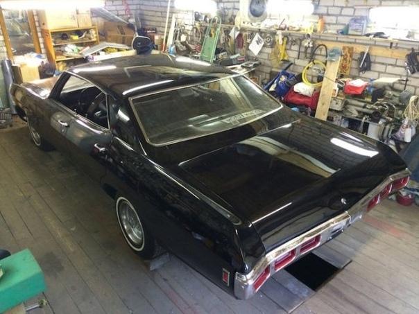 Интересная история восстановления старого Chevrolet Impala, пригнанного в Россию еще в советские времена бельгийским дипломатом. Долгие годы американский автомобиль был заброшен где-то в