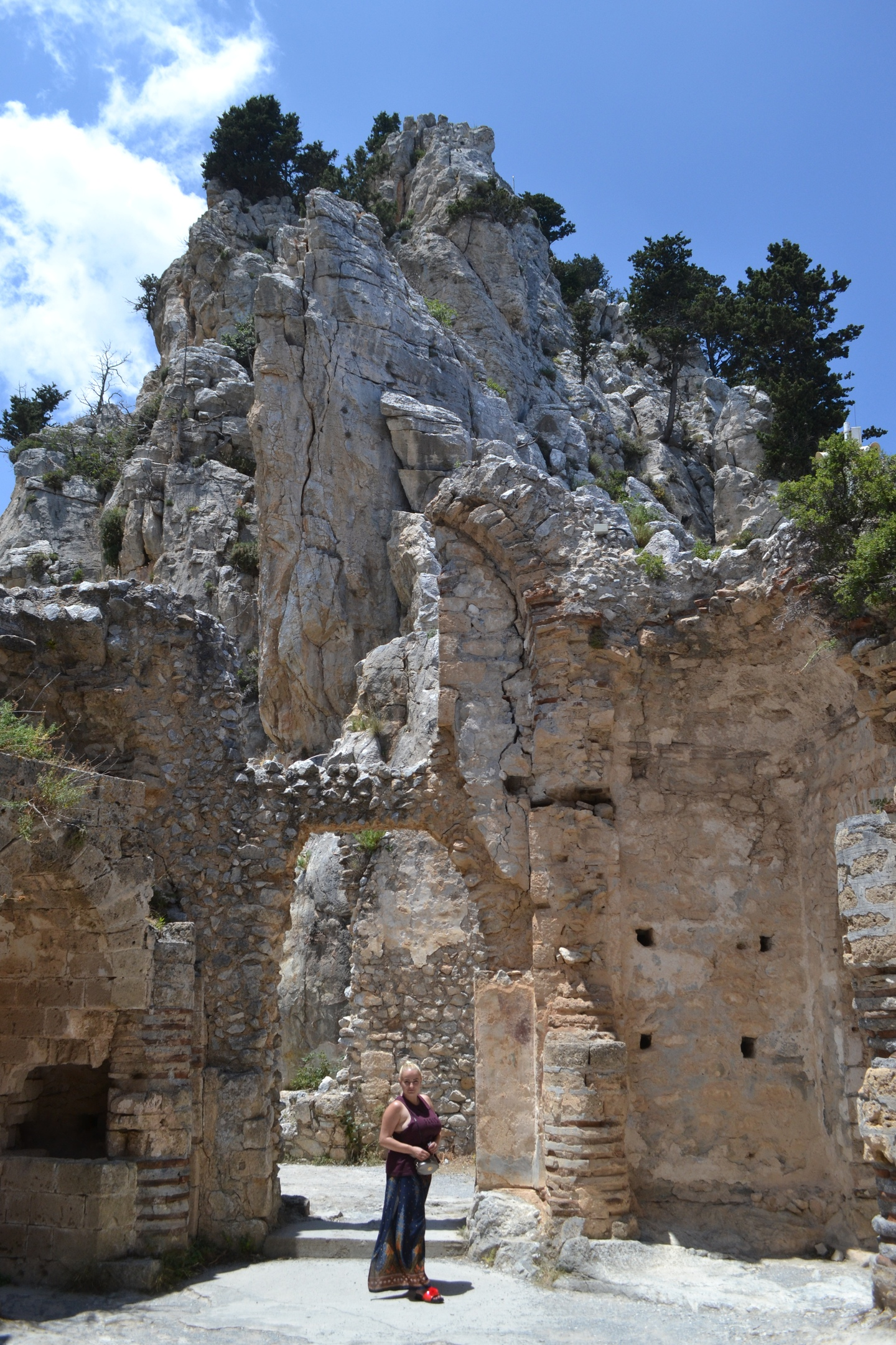 Северный Кипр. Замок Святого Иллариона. (фото). - Страница 2 7VTFbXYiyEk