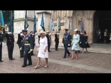 Alongside The Prince of Wales and The Duchess of Cornwall, Their Royal Highnesses depart from @wabbey. - - TRH will join The Que