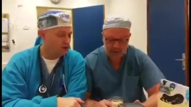 Что может быть лучше утреннего кофе и хорошей песни Начало рабочего дня в обычной израильской больнице