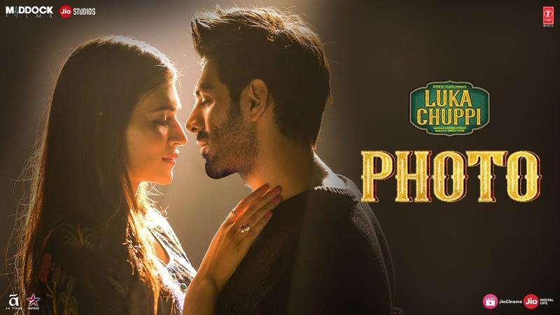 Luka Chuppi Photo Song Kartik Aaryan Kriti Sanon Karan S Goldboy Tanishk Bagchi Nirmaan