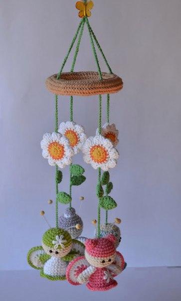 Вязаный мобиль с бабочками. Идея для вдохновения…. (7 фото)