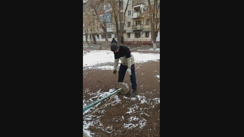 мои присидания с весом )